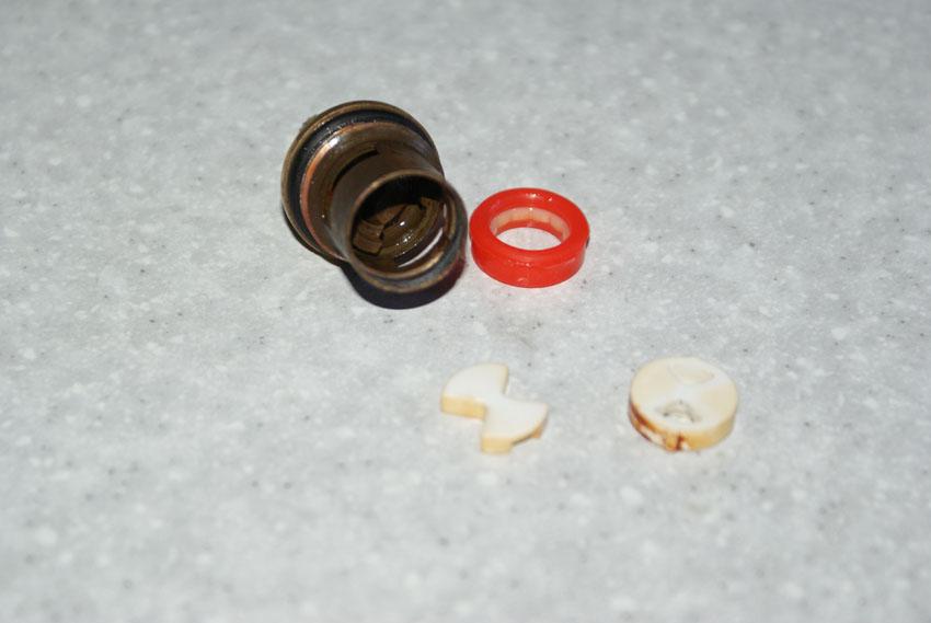 Устройство керамической кран буксы